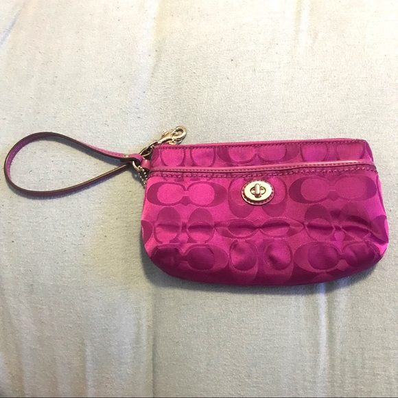 Coach Handbags - Coach Women's Wristlet